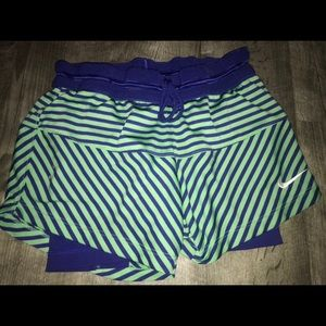 Junior/Women Nike Track Shorts